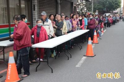 武漢肺炎》鬧口罩荒 頭城議員發5000個需封街