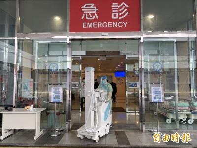 武漢肺炎》2診所3醫師曾接觸確診病患  指揮中心:居家隔離中