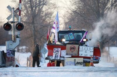 反天然氣管線建設示威 加拿大多數鐵路暫停營運