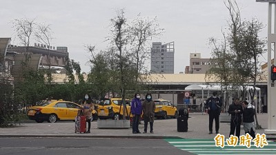 武漢肺炎》嘉市提供小黃司機1千應急口罩 確切發放時間待公佈