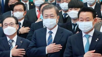 武漢肺炎》文在寅豪捐中國200萬副口罩 南韓1/3口罩廠卻停產