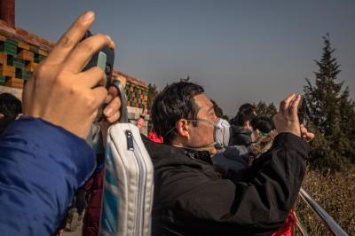 武漢肺炎》一個中國兩樣情 武漢嚴封城、江西旅遊區人潮爆滿