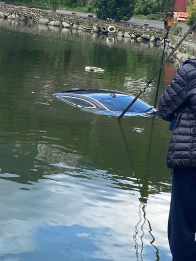 專呷名車!上次泡千萬賓利 淡水小坪頂釣魚池又吞BMW大七