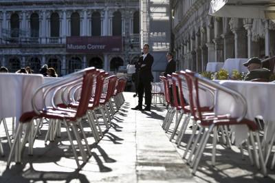 武漢肺炎》義大利確診達889例 美國升旅遊警示至第三級