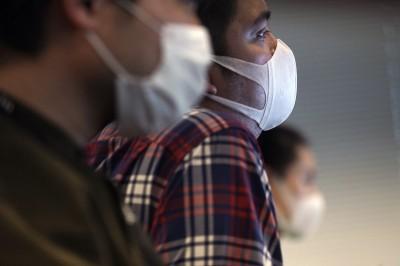 武漢肺炎》恐一線醫護無口罩用  日厚生省今要求優先供貨給醫護