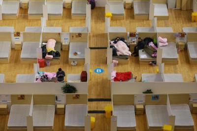 武漢肺炎》武漢市患者出院仍須隔離28天 中國網友憂5月前無望開工