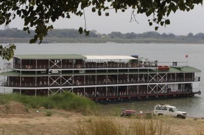 武漢肺炎》越南名媛同機乘客確診 柬埔寨隔離湄公河河輪