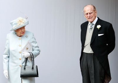 武漢肺炎》英政府擬讓年長者自我隔離 女王撤離白金漢宮