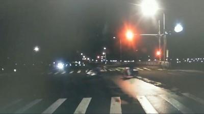 北市騎士釣完魚回家 遭闖紅燈轎車撞飛不治