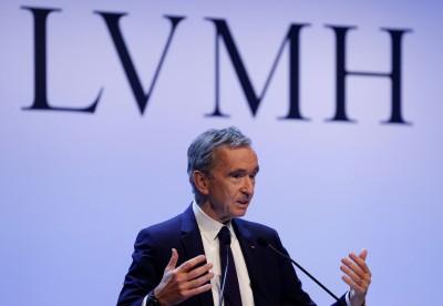 武漢肺炎》LV也出乾洗手!LVMH香水工廠加入防疫戰