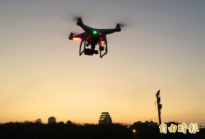 無人機法規月底上路 考試能量提升、保費調降