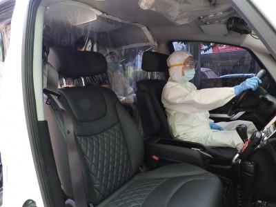 防現行犯成為防疫破口 台中烏日警分局改造「防疫專車」載送