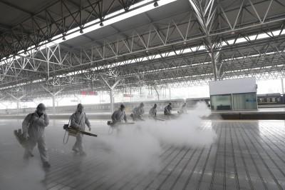 武漢肺炎》中國官方通報:新增67例境外移入 境內連2日掛零