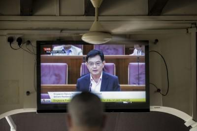 武漢肺炎》新加坡所有政務人員減薪3個月 政府再撥1兆紓困