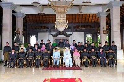 馬來西亞皇宮7名職員染疫 元首伉儷自我隔離14天