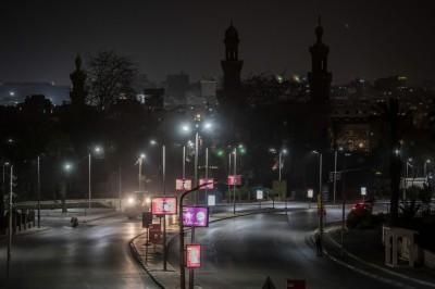 武漢肺炎》埃及防疫實施宵禁 生效當晚嚴重車禍釀15死
