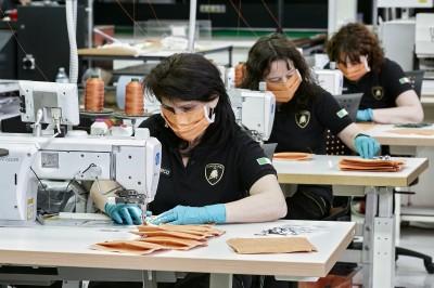 武漢肺炎》藍寶堅尼加入抗疫 超跑工廠生產口罩和防護面罩