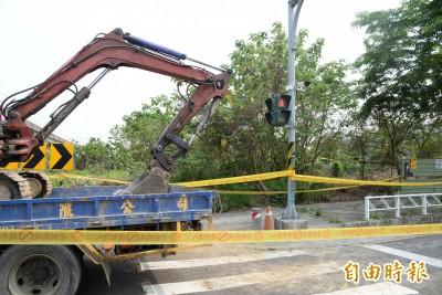 高雄驚傳桶屍案! 捷運橋頭糖廠站附近工地 挖出一屍體遭塞塑膠桶