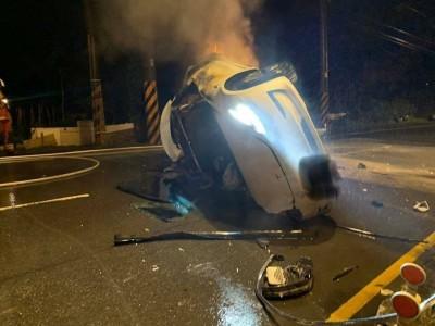 愚人節悲劇! 32歲男子駕特斯拉自撞燒成焦屍