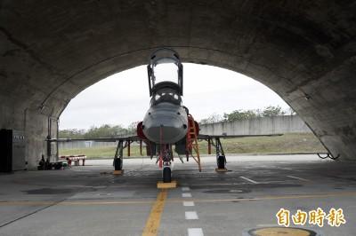 空軍虎團》「虎式」交棒「勇鷹」 空軍2026年完成高教機換裝