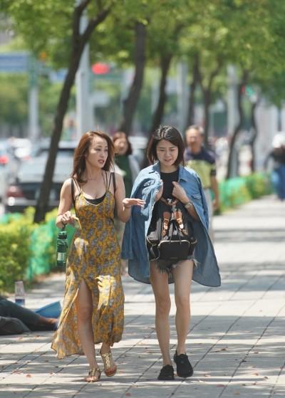 週末假期天氣穩定 下週二鋒面到、北台灣轉濕涼有雨
