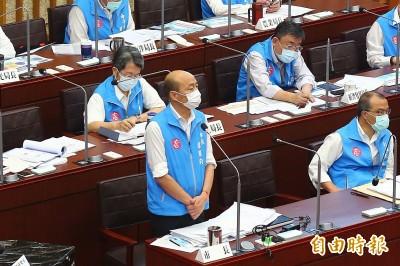 議員嗆篩檢醫護政策為何說謊? 韓:你大聲不代表我說謊