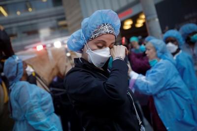 武漢肺炎》國際護理協會:全球逾9萬醫護染病