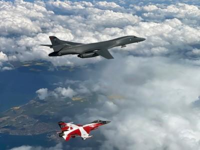 軍情動態》美軍2架B-1B轟炸機直飛波羅的海 與盟國聯訓