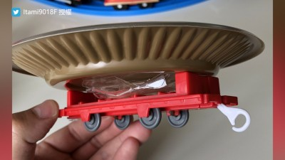 在家也能享用迴轉壽司?改造火車模型引起網友躍躍欲試