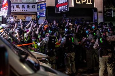 香港新聞自由指數創歷史新低 主因為警暴阻撓採訪