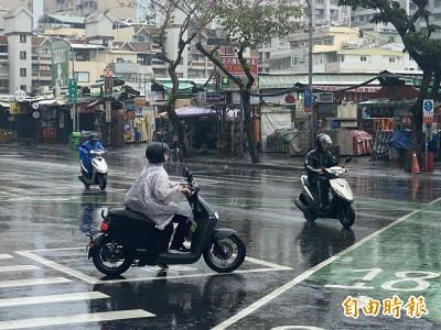 終於下雨了!高雄市鋒面掃過 解渴有限