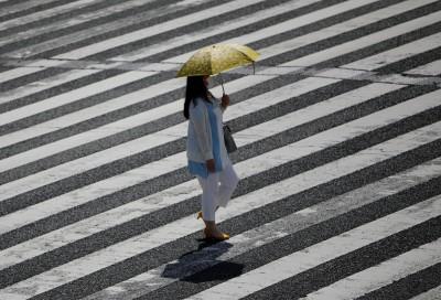 戴口罩防疫 日本專家警告:小心炎夏增加得熱病風險