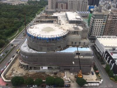 疫情攪局!竹縣首座百貨商場 7月無法如期完工開幕了