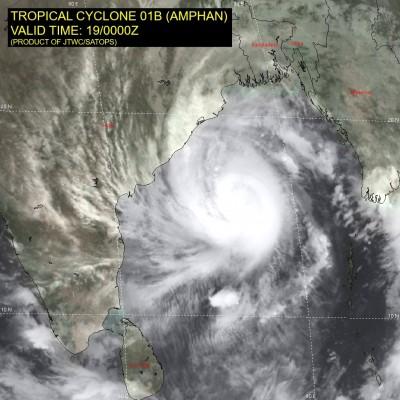孟加拉灣20年來最強風暴直撲恆河三角洲 200萬人急撤離