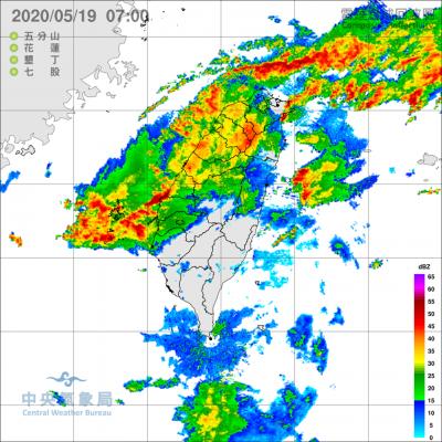 15縣市豪大雨特報 雲林麥寮、台西淹水一級警戒