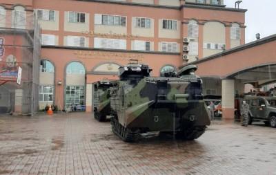 防災!國軍兩棲突擊車 超前部署駐恆春