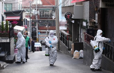 武漢肺炎》南韓梨泰院群聚感染破200例  驚傳1歲女嬰和家人中鏢