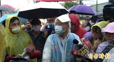 雨炸高雄多處積水 韓國瑜自認退水速度比往年快