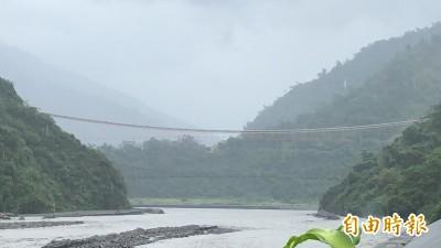雨彈狂炸 屏東縣山川琉璃吊橋等景點明天持續關閉