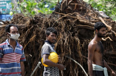 最強氣旋重創印度、孟加拉 至少奪95命