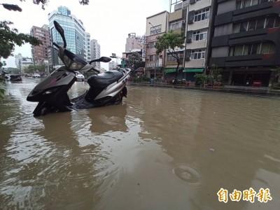 高級酸?高雄淹水照曝光 中國官媒:韓國瑜治水有成