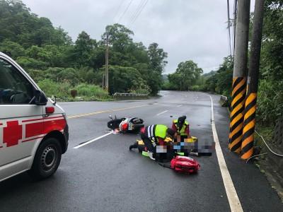 台3線機車騎士自撞電桿 意識不清送醫搶救