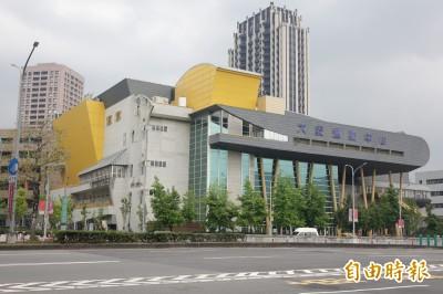 噁!台北大安運動中心泳客惡意排泄  場館人員換水好崩潰