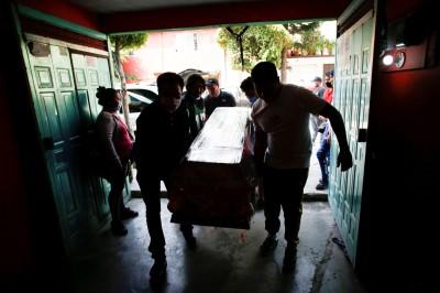 武漢肺炎》墨西哥境內疫情悶燒  今年死亡數較前4年同期多8千人