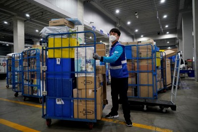 武漢肺炎》南韓電商平台爆群聚感染  急關2處染疫物流中心