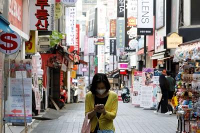 武漢肺炎》群聚感染事件接連發酵  南韓近一週約9成確診來自首都圈