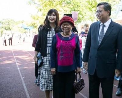鄭文燦母親辭世 王浩宇:謝謝妳把兒子奉獻給桃園