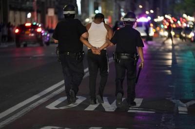 全美多地實施宵禁 加州雙城已有數十人違反被捕