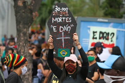 武漢肺炎》巴西死亡人數突破3萬人 總統稱遺憾但人各有命