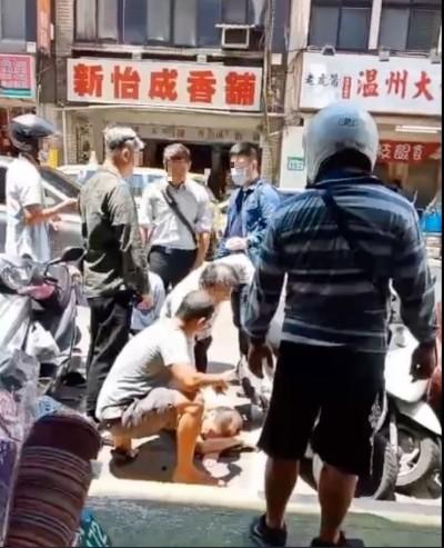 「砍人啊」 北市驚見街頭持刀隨機攻擊 1男濺血